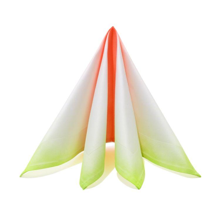Servietten falten Anleitung Dreieck Stoffservietten falten