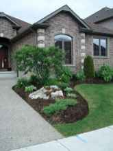 25 Fresh and Beautiful Front Yard Landscaping Ideas Low Maintenance