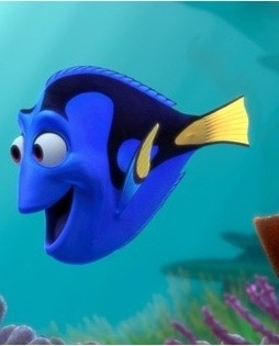 "Dory from ""Finding Nemo"". She is hilarious!  Und auch Deutsch: https://www.youtube.com/watch?v=ObB7oB_ngoQ"