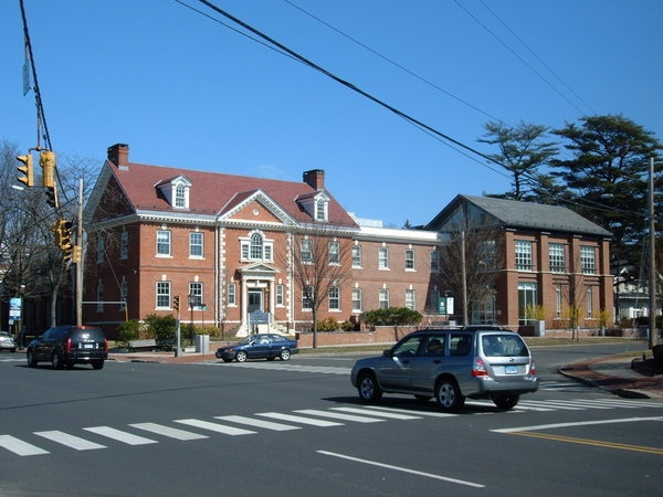 Fairfield Public Library - Fairfield, CT