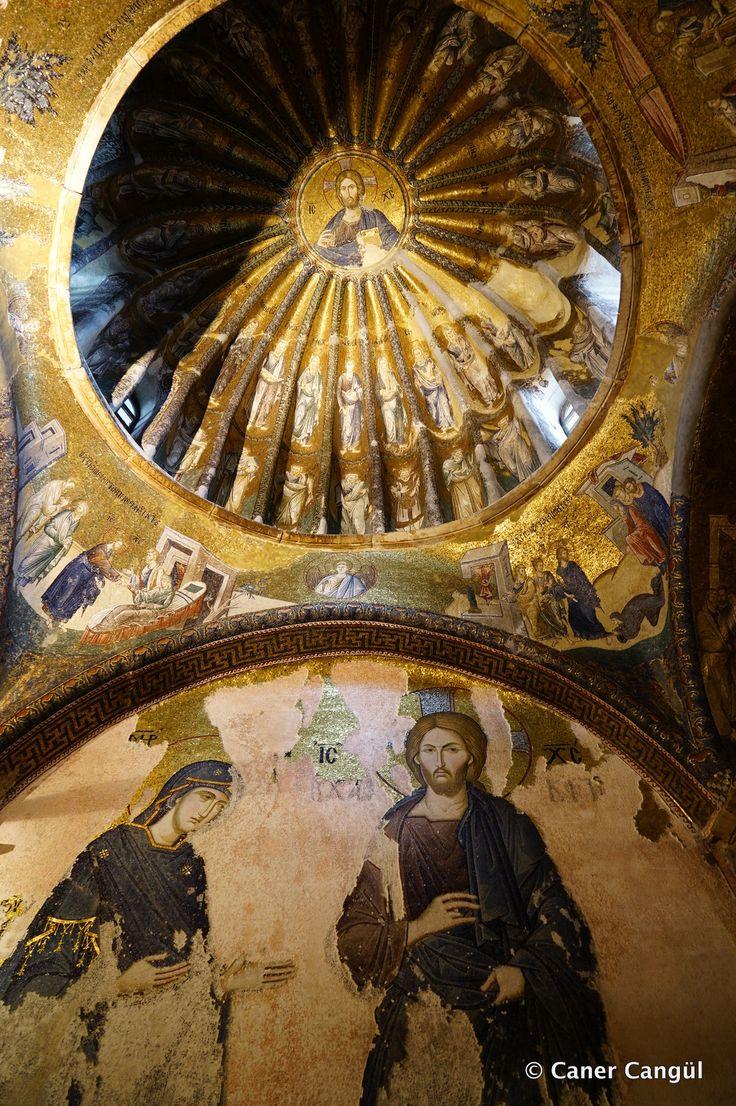 Kariye Müzesi: Kubbede İsanın ataları ve altında Khalke İsası ve Meryem Ana Panosu. http://ift.tt/1Urxx1A