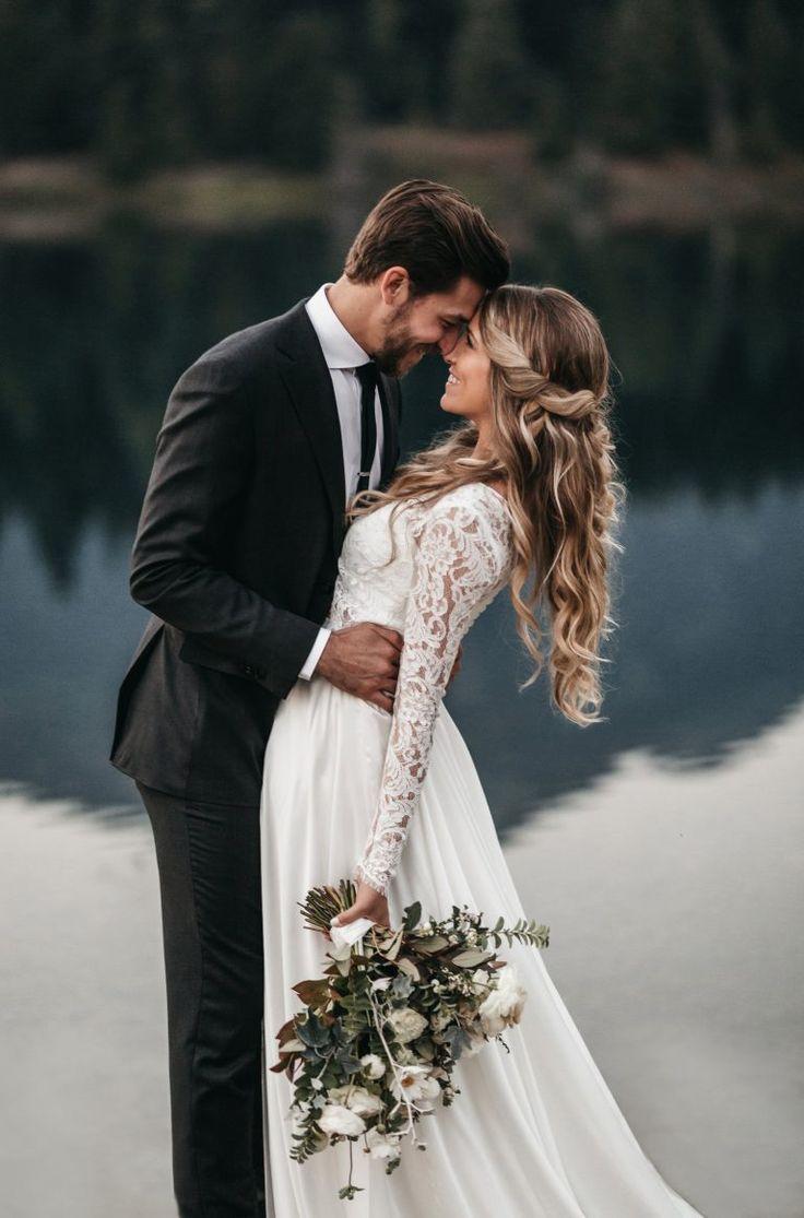 Jen + Andrews romantische Sonnenuntergangshochzeit – Gold Creek Pond – athenaandcamron … wedding couple – Hochzeit