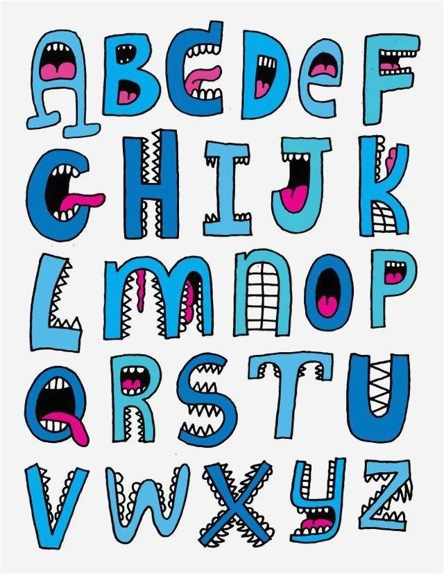 Einzigartige reizende, coole Gussalphabetbuchstaben