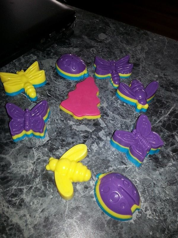 Large Muli Coloured Sopas $8 Website: www.purplebutterflydesigns42.weebly.com Facebook: www.facebook.com/purplebutterflydesigns90 Instagram: www.instagram.com/purplebutterflydesigns