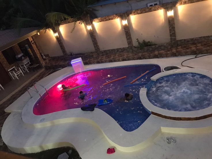 42 best piscinas by geopools images on pinterest pools for Luces led piscina