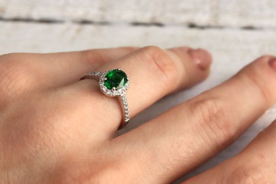 Ring with beautiful green crystal14kt gold by DanelianJewelry