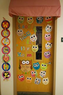 I love the welcome sign and the shape of the owls! Wish I had a hallway door... might be able to do something in the window...