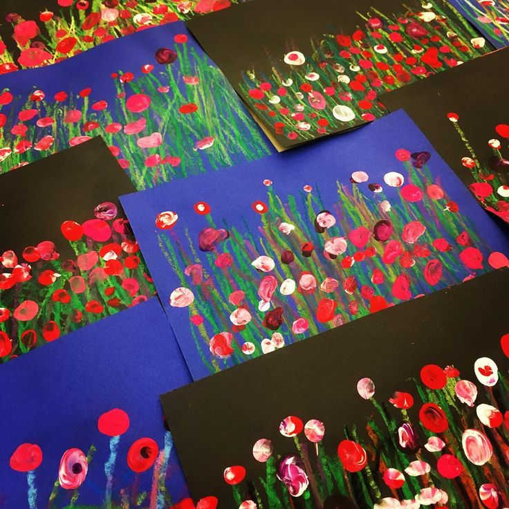 Green crayon for lines and then finger painted poppies.                  Gloucestershire Resource Centre http://www.grcltd.org/scrapstore/
