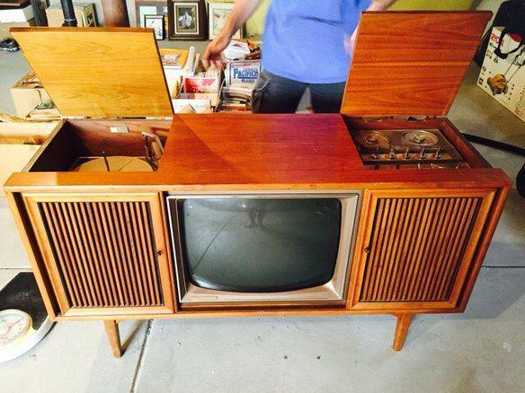 17 best images about mid century modern furniture on pinterest teak 1960s and desks. Black Bedroom Furniture Sets. Home Design Ideas
