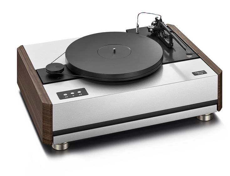Turntable with innovative design for maximum running smoothness. Consummate phono playback together with tonarm Point and cartridge Sting.