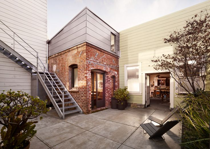 Brick House in San Francisco by Azevedo Design