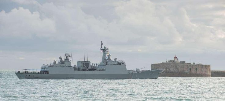 Korean Navy KDX2 Class Destroyer (also known as Chungmuogong Yi Sun-Sin Class) Dae Jo Yeong (DDH 977), off French port of Cherbourg, September 2013.