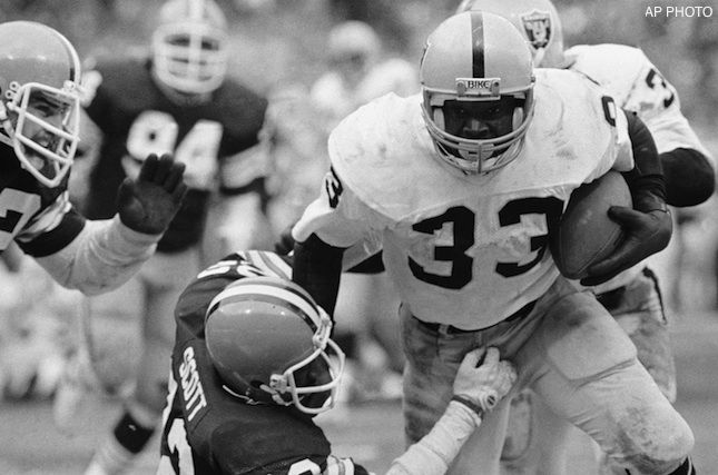 1980 Oakland Raiders Season | RB Kenny King (33) played for the Raiders from 1980-85. AP Photo.