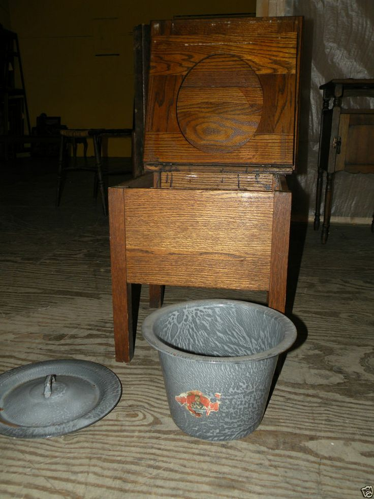 ANTIQUE VICTORIAN OAK BEDROOM CHAMBER POT CHAIR ROYAL ENAMELWARE - 135 Best Chamber Pots & Potty Chairs Images On Pinterest
