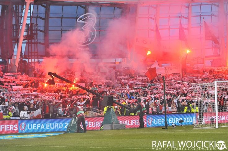 IRELAND vs POLAND Polish Fans