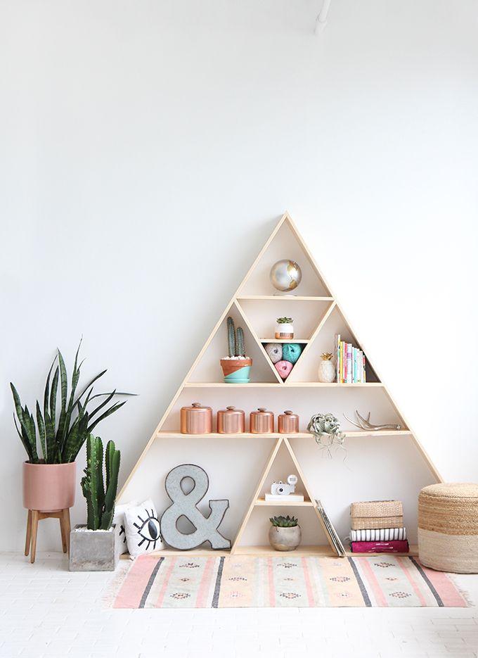 » I SPY DIY STUDIO   Triangle Shelves