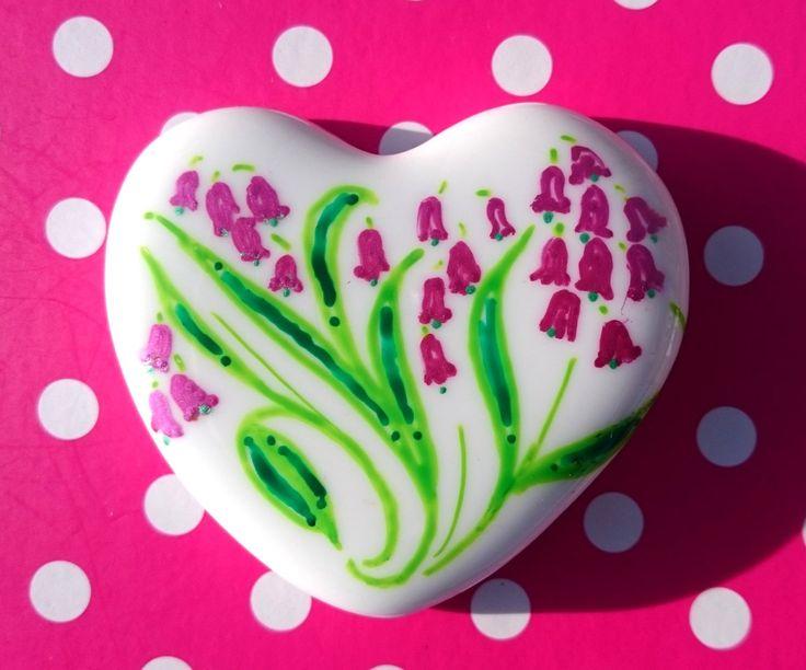 Little Hearts #16: handpainted art on a little white heart by TheBigLittleArtShop on Etsy