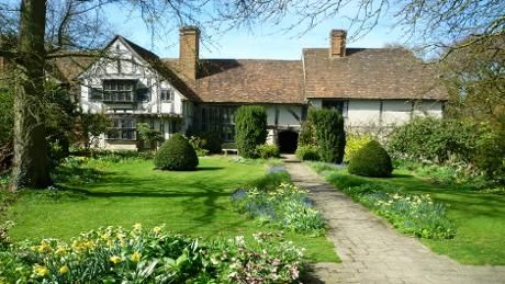 Stoneacre kent nt medieval farmhouse and garden open for Stone acre