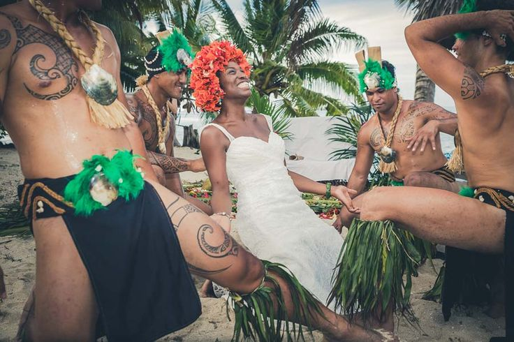 There's Nothing Like A Good Party In French Polynesia.  Wedding Photography By SV Photograph  http://www.weddingphotographyselect.co.uk/rw/wedding-photographer-french-polynesia-virgine-and-samuel