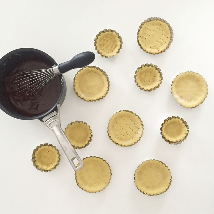 Mini chocolate tarts work in progress ❣