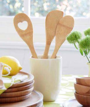Stronger than wood and won't scratch your cookware, our new range of bamboo kitchen utensils are durable, completely food safe and won't absorb odours or stains.  The set comes preciously packaged in a keepsake cotton gauze bag.