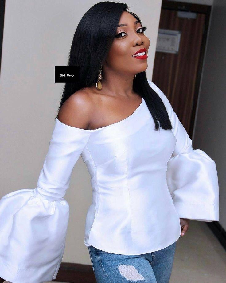 """316 Likes, 3 Comments - Ms Asoebi (@ms_asoebi) on Instagram: """"Bride @adeeola ❤ Makeupby @banksbmpro"""""""
