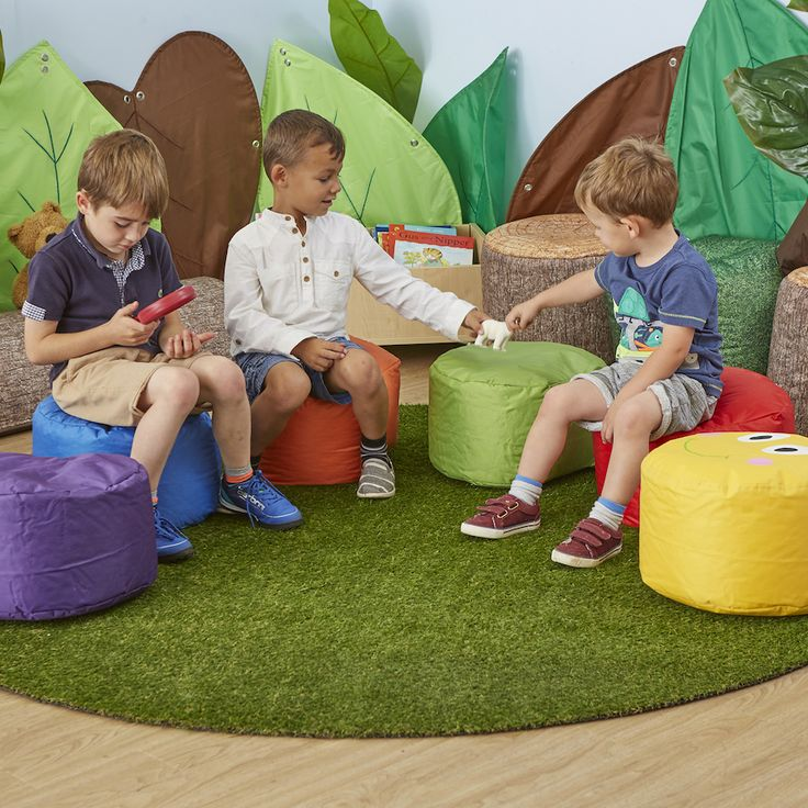 Ideal for both indoor or outdoor use - this artificial grass mat really does look like the real thing!