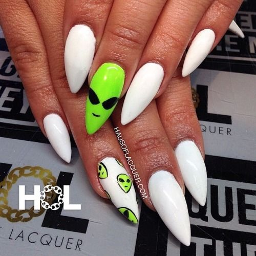Alien nail art                                                                                                                                                                                 More