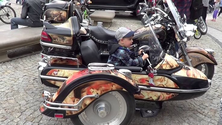 Beautiful indian motorcycle tricycle