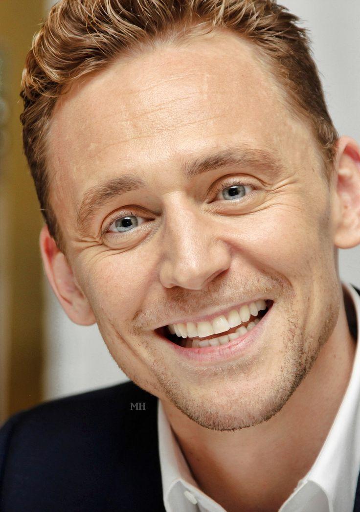 Tom Hiddleston. (Edit by Magnus-hiddleston.tumblr) http://magnus-hiddleston.tumblr.com/post/151018194106