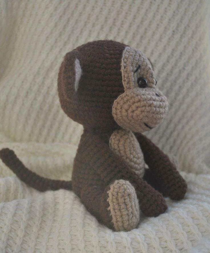 Naughty monkey amigurumi pattern free