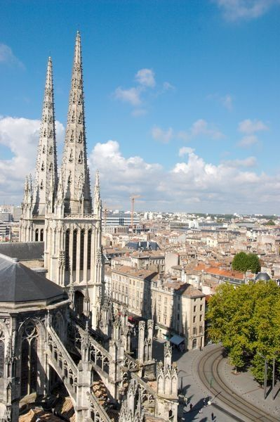 "Sky view of the cathedral ""Saint-André"", ""place Pey Berland"" // #Bordeaux"