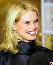 alice eve has Heterochromia - Google Search