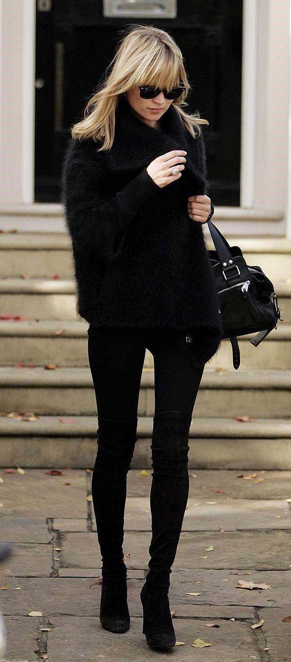 Botes negres=pantalons negres, cama super llarga
