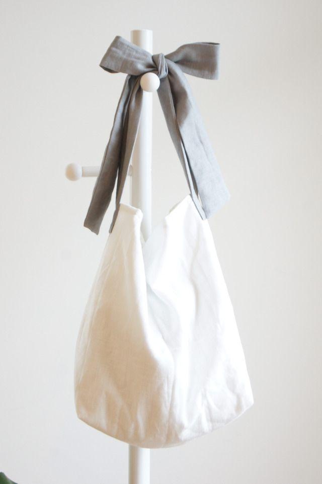 【L】リネンキルティングリボンのバッグ(グレー ) by cle バッグ・財布・小物 バッグ | ハンドメイドマーケット minne(ミンネ)