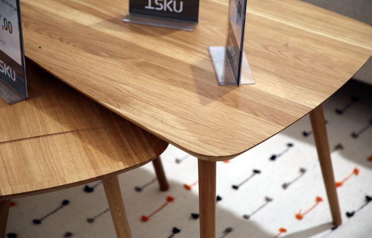 Iskun osastolla Näyttelyhallissa on esillä Pohjanmaan sohvapöytiä – esimerkiksi nämä ihastuttavat Diva-sarjapöydät. 😍 Tervetuloa kaupoille!  #pohjanmaan #pohjanmaankaluste #asuntomessut2017