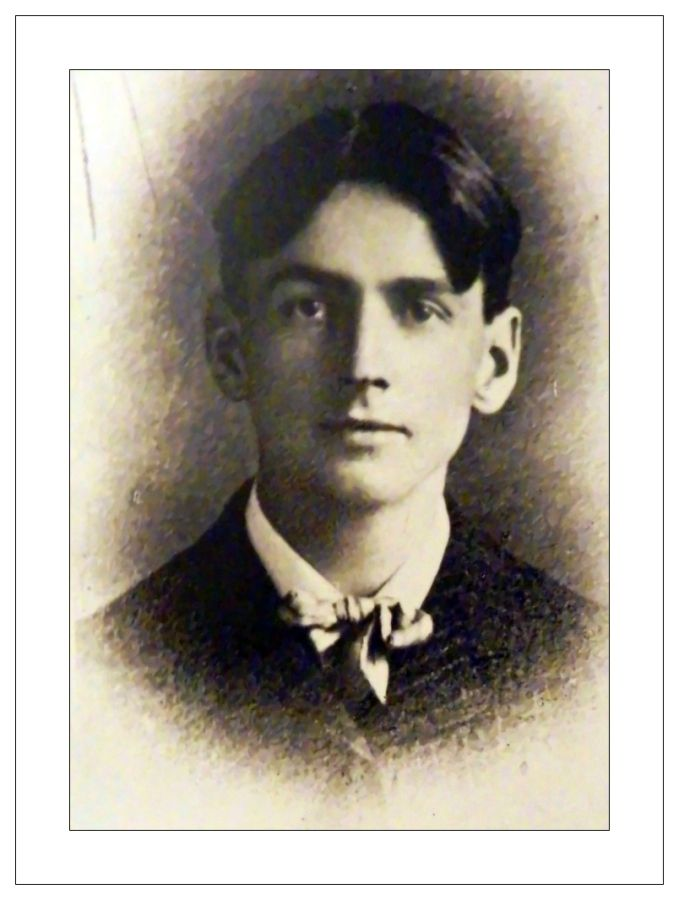 Tom Thomson (1877-1917) as a young man. Thomson died from drowning in a canoe in July 1917.