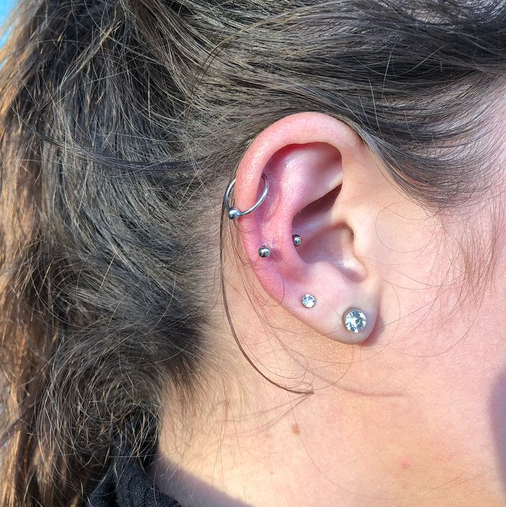 "Here's everything you need to know about the ""snug piercing"" that everyone's getting in 2018"