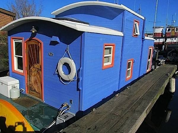 550 sq ft housebarge houseboat in seattle for sale 001   550 Sq. Ft. Houseboat in Seattle