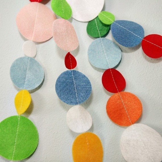Felt circle garland, perfect for decorating a craft stall at a fete or fayre