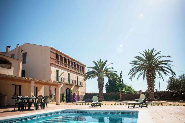 Groot huis voor 10 personen met privé tuin en zwembad in Sant Pere Pescador