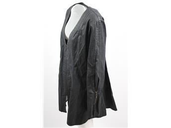 Svart långärmad tunika Olars Ulla. stl:Large Nyskick! Simplet säljer dina kläder åt dig på nätet!