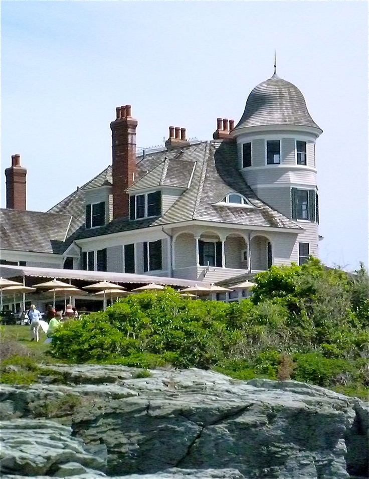 Castle Hill Newport Ri I Want This House How Super Cute Is That Turret We All Should Have Turrets On Our Houses