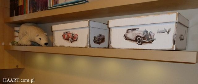 Pudełka na zabawki DIY zrób to sam HAART blog opisuje krok po kroku jak zmienić stare pudła. dla dzieci. recykling samochody
