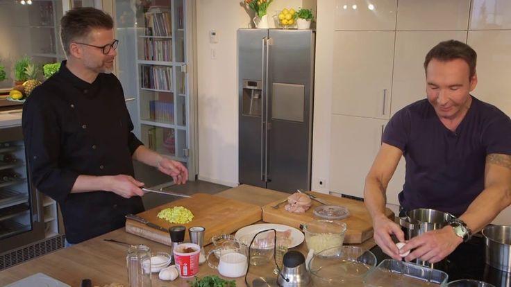 Huhn mit Macadamiakruste und Kokosschaum: Jochen Bendel kocht mit Küchen...