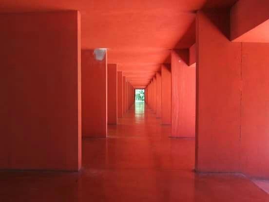 'LA ARQUITECTURA METAFÍSICA'.  Gallaratese housing / Aldo Rossi & Carlo…