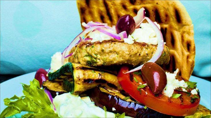 En skikkelig saftig grillet hamburger fra Hellas.