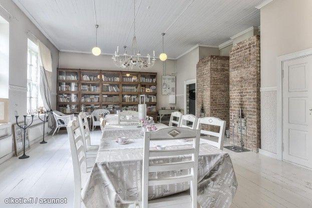 Myytävät asunnot, Hanhisuontie, Urjala #oikotieasunnot maalaisromanttinen #ruokailutila