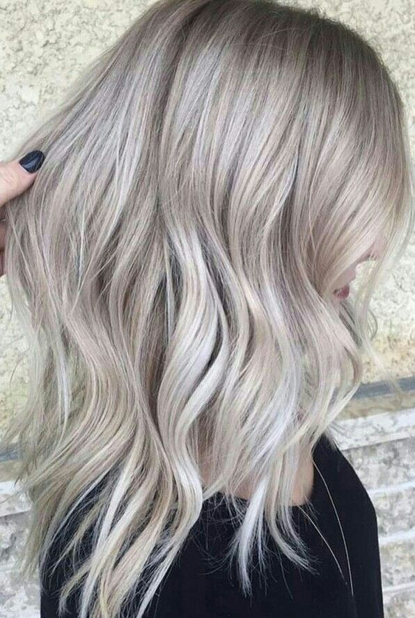 Pin By Ihsa On Hair Inspo Black Hair With Blonde Highlights