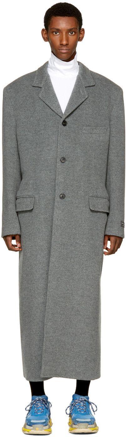 2450€ Balenciaga - Manteau long en laine gris